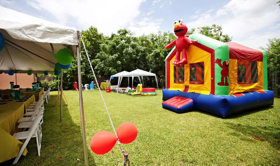 Inflatable Bounce House Rentals in Hubbardston, Massachusetts and surrounding towns.